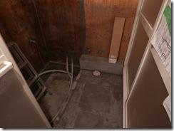 RIMG4067浴室石下地