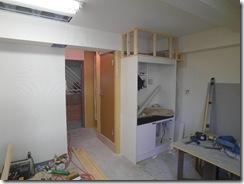 RIMG4722トイレドアとミニキッチン